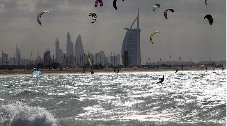 Met warns of unstable weather, mercury dips in UAE