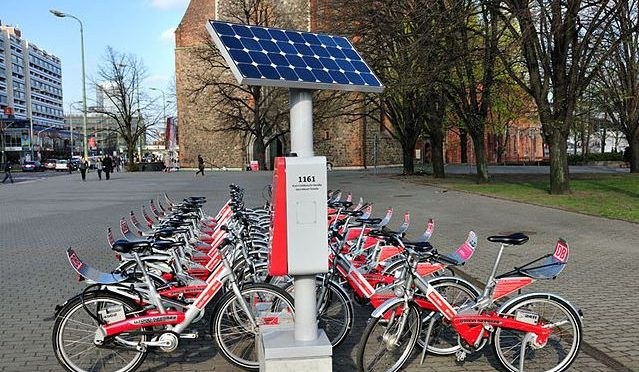 Novel solar-powered bicycle to combat air pollution
