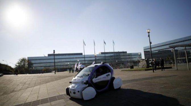 Society set for head-on collision with driverless cars