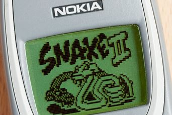 Nokia's Snake game available on Messenger