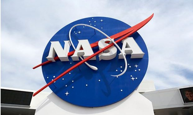 NASA to reveal new discoveries on oceans beyond Earth
