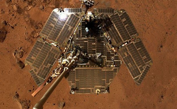NASA Mars rover to study fluid-carved valley's origin