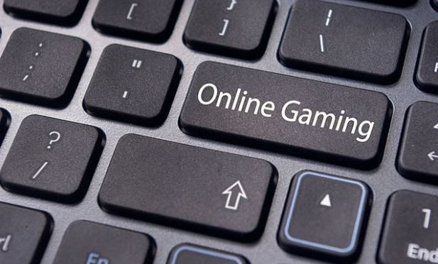 Team-based online game helps patients manage diabetes