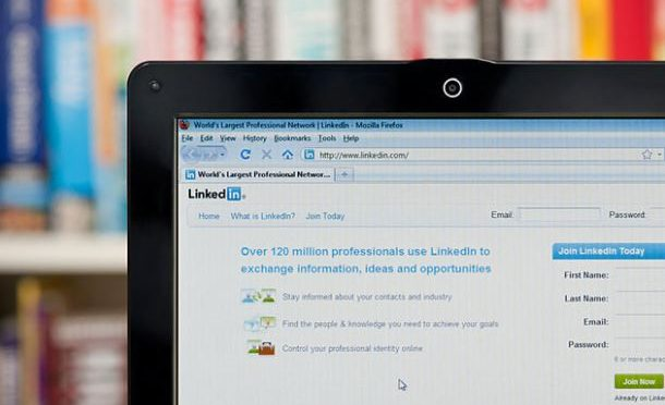 LinkedIn introduces Resume Assistant into Microsoft Word