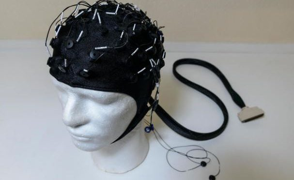 Scientists develop brain scanner in a helmet
