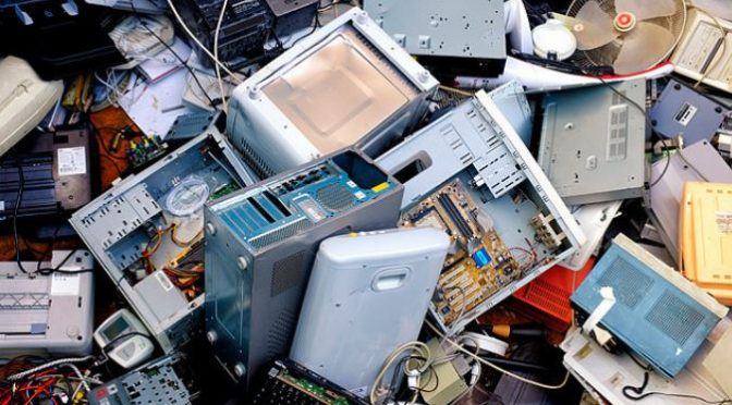 Mumbai-born Indo-Australian scientist develops microfactory to tackle e-waste hazard